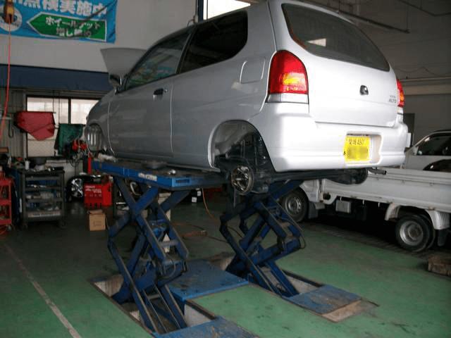車検 お車の価格や整備内容を親切丁寧にお答えします。